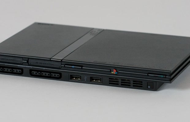 Playstation2_slim_front